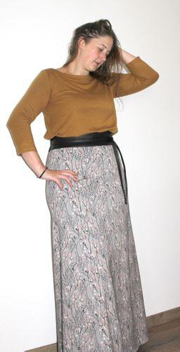 Produktfoto von einfach anziehend zum Nähen für Schnittmuster Maxikleid Minerva
