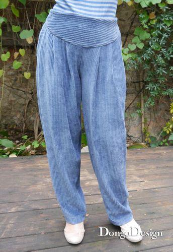 Produktfoto von DongoDesign zum Nähen für Schnittmuster Jersey Bundfaltenhose Senta