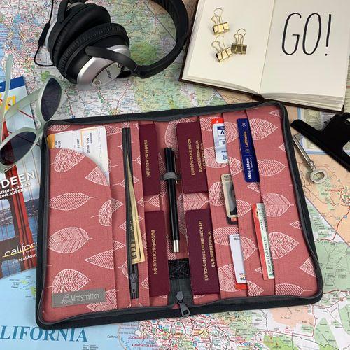 Produktfoto von Windschnittich zum Nähen für Schnittmuster Reiseorganizer