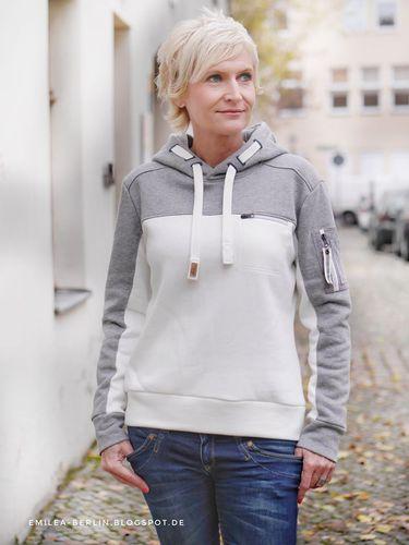 Produktfoto von Schnittmuster Berlin zum Nähen für Schnittmuster Hoodie Emilea