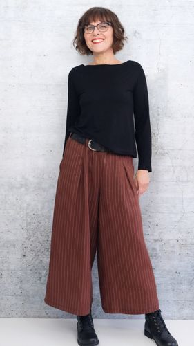 Produktfoto von Rosa P. zum Nähen für Schnittmuster Pirkko Pants