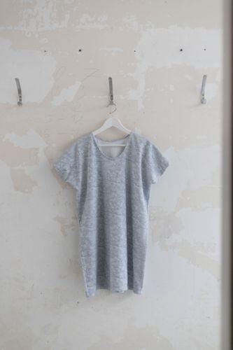 Produktfoto von fashiontamtam zum Nähen für Schnittmuster T-Shirt-Kleid #tee