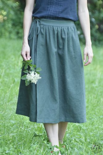 Produktfoto von Fabelwald zum Nähen für Schnittmuster Damenrock und -Wickelrock Aronia