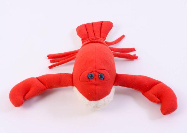 Produktfoto von Kid5 zum Nähen für Schnittmuster Schmuse-Hummer Lola the Lobster