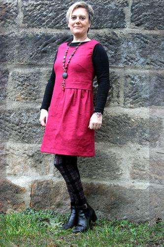 Produktfoto von SchnittmusterLounge zum Nähen für Schnittmuster Kleid PETITE Neta