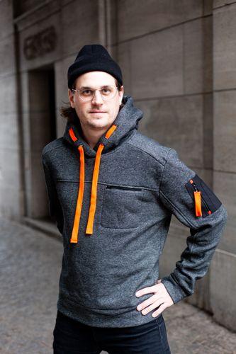 Produktfoto von Schnittmuster Berlin zum Nähen für Schnittmuster Hoodie Emil