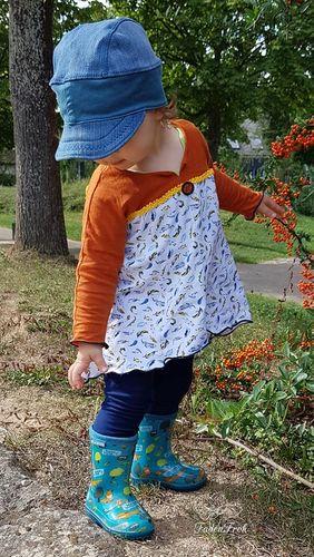 Produktfoto von Unendlich schön - Design Anita Lüchtefeld zum Nähen für Schnittmuster Tunika/Kleid Ginger Mini