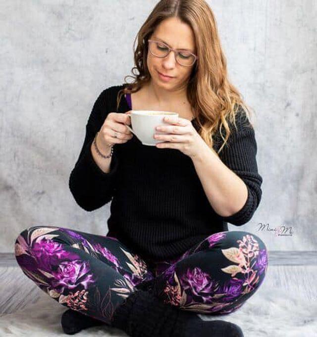 Produktfoto von Mini & Me Patterns zum Nähen für Schnittmuster Sweatleggings Damen