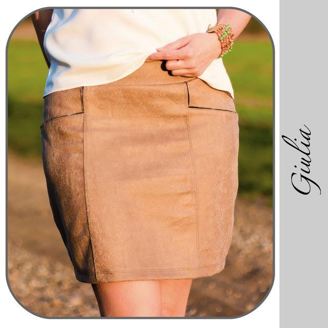 Produktfoto von gialLino zum Nähen für Schnittmuster Sweat-Minirock Giulia