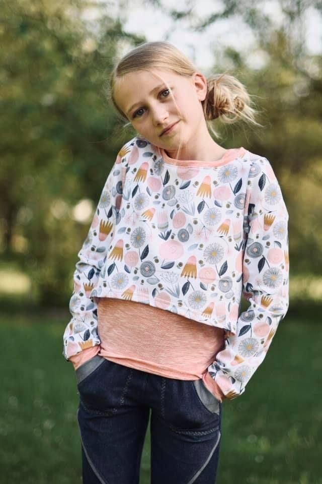 Produktfoto von Meine Herzenswelt zum Nähen für Schnittmuster Cropshirt Kinder - Deine Amy
