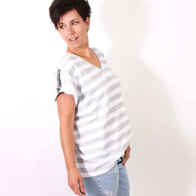 Produktfoto von Leni Pepunkt zum Nähen für Schnittmuster V-OVERSIZED.shirt