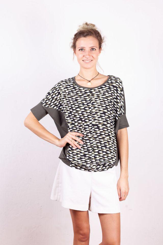 Produktfoto von Schnittmuster Berlin zum Nähen für Schnittmuster Shirt Baiba