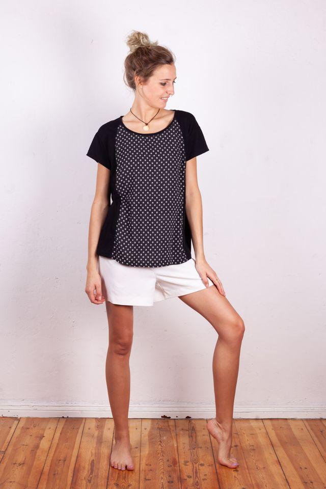 Produktfoto von Schnittmuster Berlin zum Nähen für Schnittmuster Shirt Gudrun
