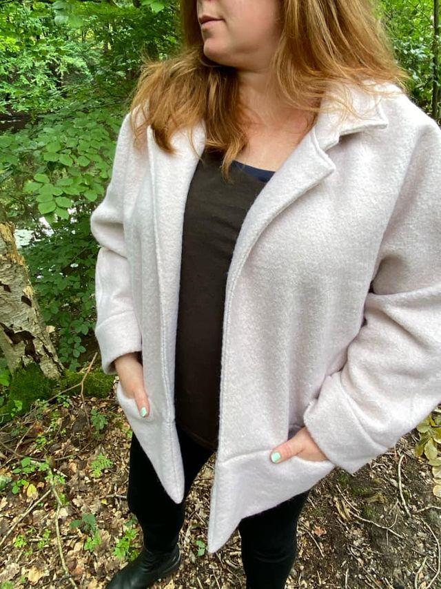 Produktfoto von Unendlich schön - Design Anita Lüchtefeld zum Nähen für Schnittmuster Kimonojacke Heide