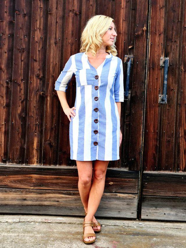 Produktfoto von SchnittmusterLounge zum Nähen für Schnittmuster Bluse/Kleid Azora