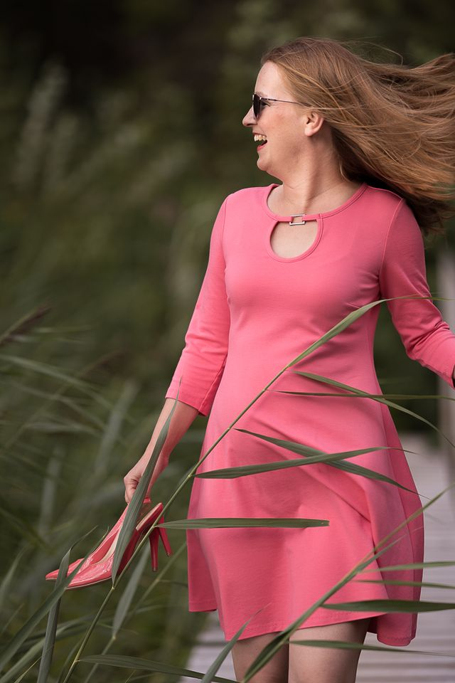 Produktfoto von SchnittmusterLounge zum Nähen für Schnittmuster Samba - Kleid oder Shirt
