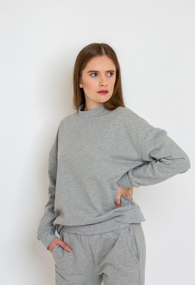 Produktfoto von Bara Studio zum Nähen für Schnittmuster Sweater Hanna