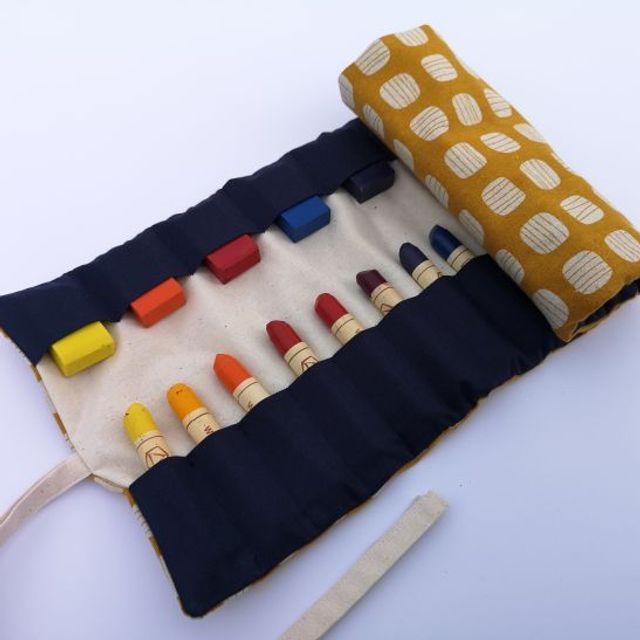 Produktfoto von Meine Schnitte.de zum Nähen für Schnittmuster Waldorf Rollmäppchen für Wachsstifte