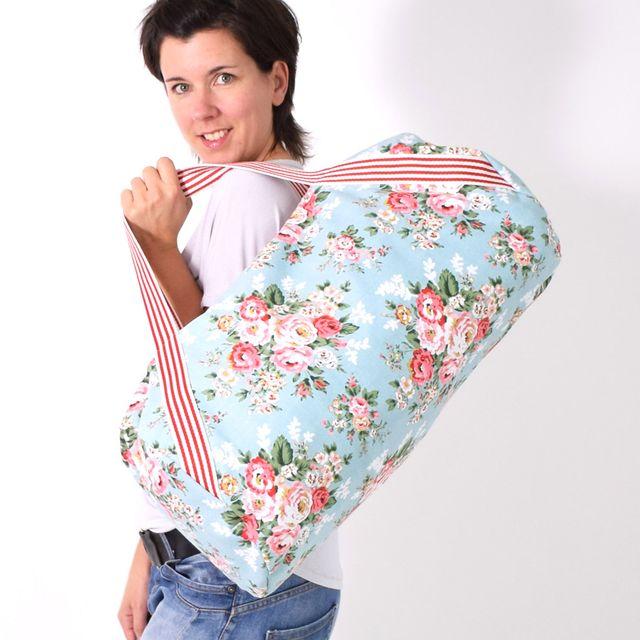 Produktfoto von Leni Pepunkt zum Nähen für Schnittmuster WEEKENDER.tasche