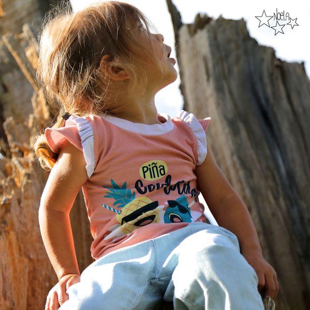 Produktfoto von LovelySewDesign zum Nähen für Schnittmuster Lovely Shirt