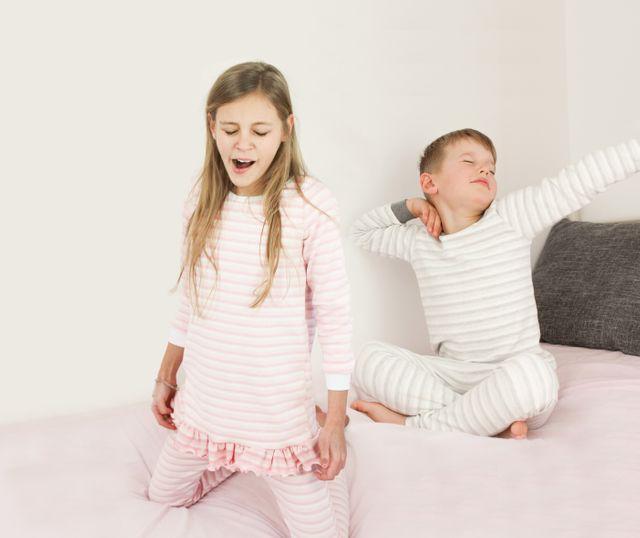 Produktfoto von LovelySewDesign zum Nähen für Schnittmuster Schlafanzug Lovely Dreamer