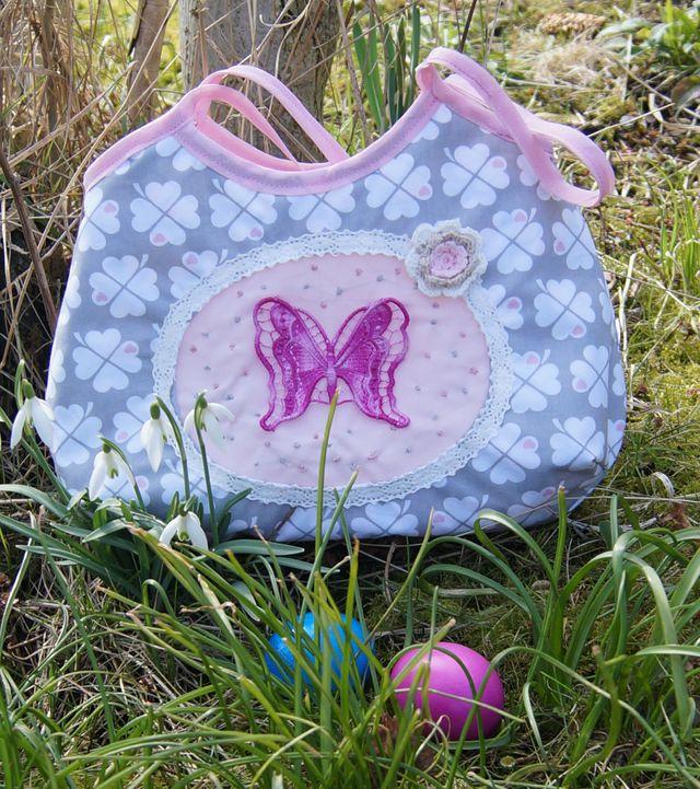Produktfoto von The Crafting Café zum Nähen für Schnittmuster Kinderhandtasche Joelle