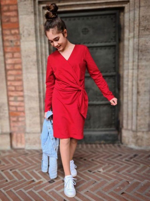 Produktfoto von Zierstoff zum Nähen für Schnittmuster Kleid Adelina 110-152