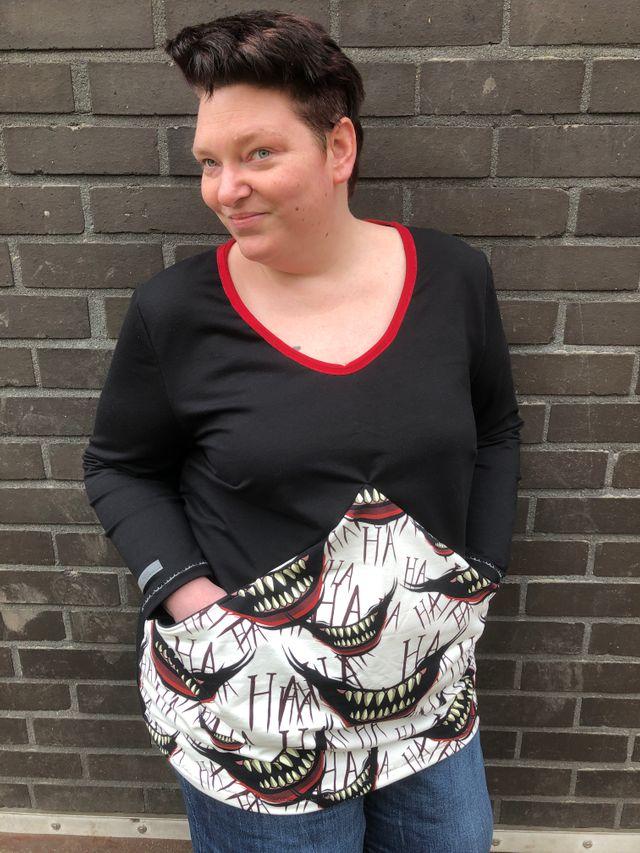Produktfoto von Unendlich schön - Design Anita Lüchtefeld zum Nähen für Schnittmuster Ballonkleid Curvy Azalee