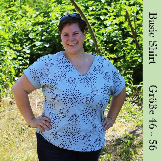 Produktfoto von Frau Schnitte zum Nähen für Schnittmuster Basic-Shirt mit Ärmelaufschlag Gr. 46-56