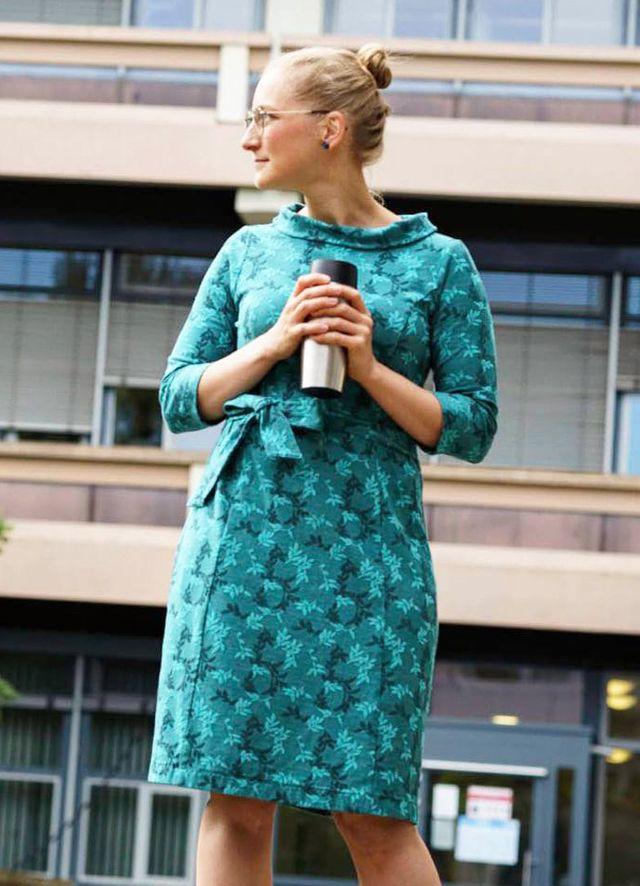 Produktfoto von Miou Miou zum Nähen für Schnittmuster Retro-Kleid Bellina