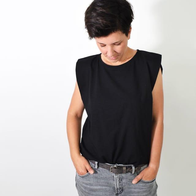 Produktfoto von Leni Pepunkt zum Nähen für Schnittmuster VINGER.shirt