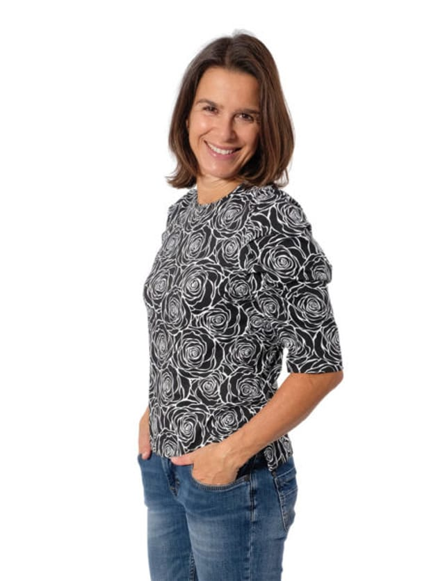 Produktfoto von Zierstoff zum Nähen für Schnittmuster Shirt Magdalena 158-46