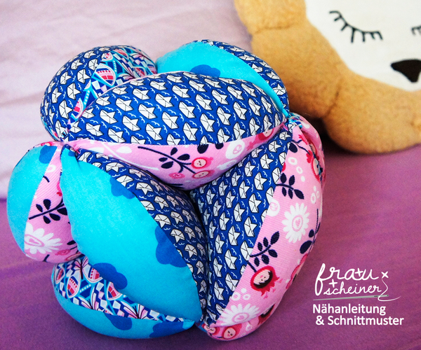 Produktfoto von Frau Scheiner zum Nähen für Schnittmuster Patchwork SpielBall