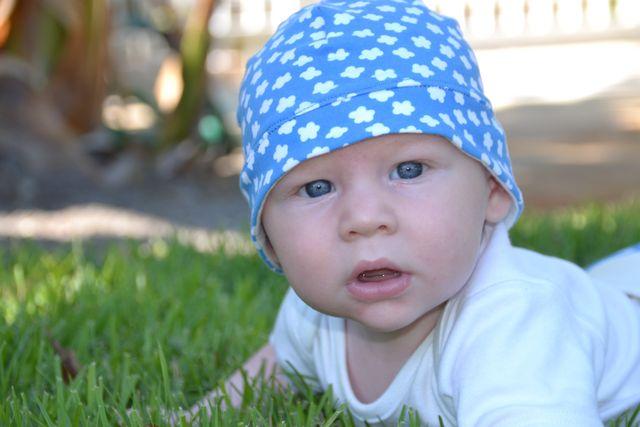 Produktfoto von Kid5 zum Nähen für Schnittmuster #19 Baby Jersey Sonnenhut