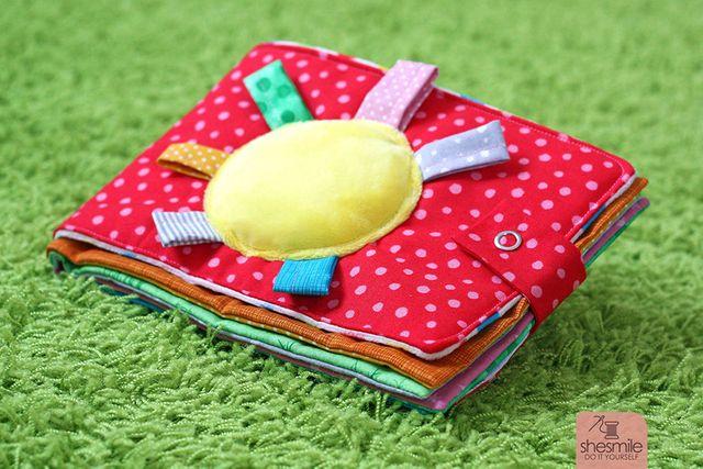 Produktfoto von shesmile zum Nähen für Schnittmuster Bilderbuch aus Stoff