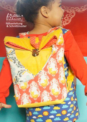 Produktfoto von Frau Scheiner für Schnittmuster Kindergarten Rucksack