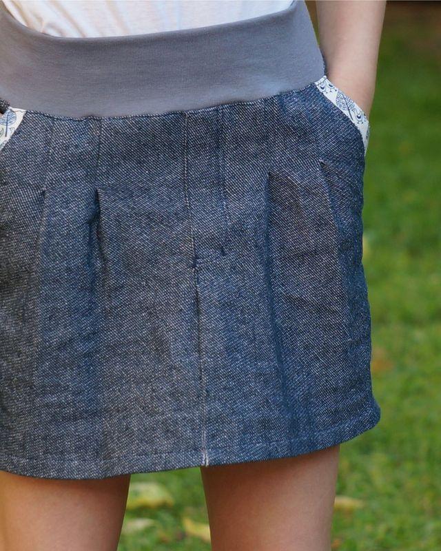 Produktfoto von PRACHTKINDER zum Nähen für Schnittmuster Chino-Minirock Mädchen