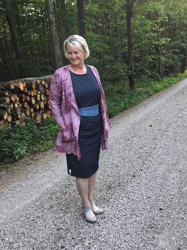 Produktfoto 1 von Unendlich schön - Design Anita Lüchtefeld zum Nähen für Schnittmuster Cardigan Zahra & Basicoberteil Lilie von 34 - 56