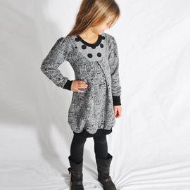 Foto zu Schnittmuster Mädchen-Tochterkleid BALLOON.dress von Leni Pepunkt