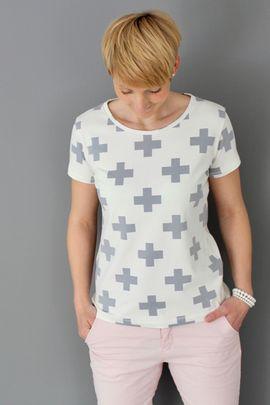 Foto zu Schnittmuster Basic Shirt von Windschnittich