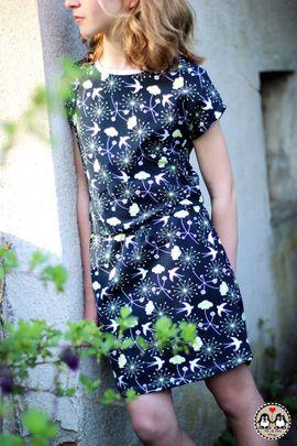Foto zu Schnittmuster Kleid/Shirt Teens - Deine Helvi von Meine Herzenswelt