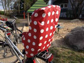 Foto zu Schnittmuster Regenschutz für Fahrradkindersitz von Windschnittich