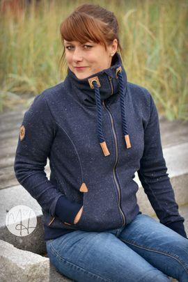 Foto zu Schnittmuster Sweatjacke/Hoodie Damen - Mein Nanuk von Meine Herzenswelt