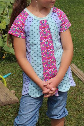 Foto zu Schnittmuster Mädchenshirt Friederike von Kleine Lotta Hohenberg