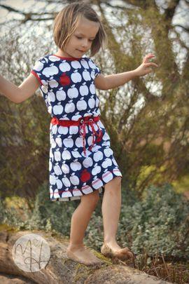 Foto zu Schnittmuster Kleid/Shirt Kinder - Deine Helma von Meine Herzenswelt