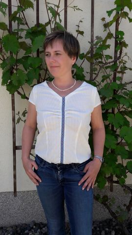 Foto zu Schnittmuster Bluse PETITE Pascale von SchnittmusterLounge