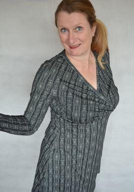 Foto zu Schnittmuster Kleid Celia 42-46 von SchnittmusterLounge