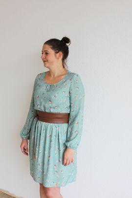 Foto zu Schnittmuster Kleid Rosalie von einfach anziehend