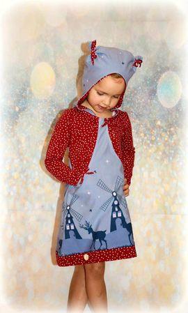 Foto zu Schnittmuster Hoodiekleid Aurelia von My Little Ladybird