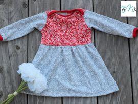 Foto zu Schnittmuster Newborn - Kleid oder Tunika Lou von drei eMs